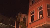 Beşiktaş'ta kullanılmayan iki katlı binanın çatısı çöktü