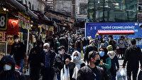 Kapanma öncesi Eminönü'nde alışveriş yoğunluğu