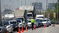 Bursa'da 5 kilometrelik kuyruk oluştu: Araçlar denetim noktalarına yığıldı