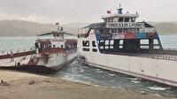 Elazığ'da fırtınanın etkisiyle savrulan feribotlar çarpıştı