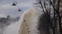 Rusya'da ana yol altındaki sıcak su borusu patladı