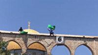 Filistinliler cuma namazının ardından Mescid-i Aksa'da gösteri düzenledi