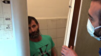 Kumarhane baskınında kapının arkasında saklanan adam ilginç görüntüler oluşturdu