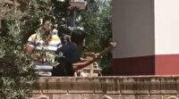 Antalya'da ev sahibi kiracısına kızdı, 2 metrelik sopa ile saldırdı