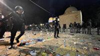 İşgalci kuvvetler Mescid-i Aksa'da akşam namazından sonra yeniden cemaate saldırdı