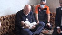 Bakan Soylu İdlib ziyaretinde 7 aylık Faruk bebeğe ninni söyledi