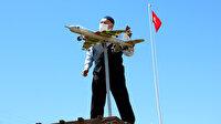Evinin bahçesine F-16 savaş uçağı maketi yaptı: Soranlar artınca uçağı satışa çıkarttı