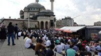 Geçen hafta ibadete açılmıştı: Taksim Camii doldu taştı