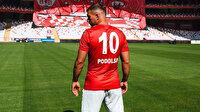Lukas Podolski'ye sürpriz teklif