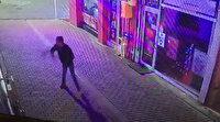 Samsun'da bankaya taşlı saldırı kamerada