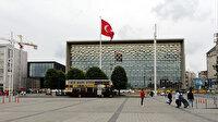 AKM'de sona yaklaşılıyor: Panolar kaldırıldı ön cephe ortaya çıktı