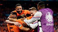 Hollanda ikide iki yaptı ve gruptan çıkmayı garantiledi