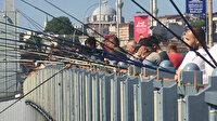 Yasaksız ilk pazar günü akın ettiler: Boğaz ve Galata Köprüsü'nü olta balıkçıları doldurdu