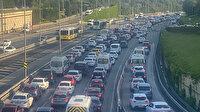 Vatandaşlar işe gitmek için yollara çıktı İstanbul'da trafik durma noktasına geldi