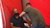 Kilis'te vatandaşlar Türkçe ve Arapça anonslarla Kovid-19 aşısı olmaya davet ediliyor