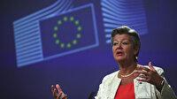 AB İçişleri Komiseri Johansson: Yunanistan Avrupa değerlerini ihlal ediyor