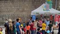 İHH Niğde'de çocuklara dondurma dağıttı