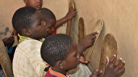 Hafızlar ülkesi Moritanya: Kur'an eğitimi tahta levhalarla veriliyor