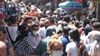 Eminönü'nde bugün: Çarşı tıklım tıklım adım atacak yer yok