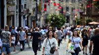 Taksim'de koronavirüs unutuldu: Ne maske var ne de mesafe