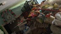 Kötü koku tüm mahalleyi sarınca harekete geçtiler: Evinden 4 kamyon çöp çıktı