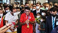 Olimpiyat şampiyonu Mete Gazoz'a İstanbul'da coşkulu karşılama
