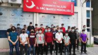 Kaçak göçmenlerin yolcuğu Osmaniye'de son buldu: 14 kişilik minibüsten 30 kişi çıktı