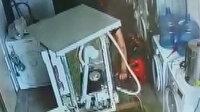 Hırsız çamaşır makinesinin arkasında yakalandı: Kapıyı üstüne kitledik