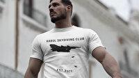 Skandal tişört: Uçaktan düşerek ölen Afganlarla dalga geçtiler 'Kabil Paraşütle Atlama Kulübü'