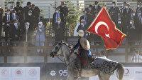 Cumhurbaşkanı Erdoğan Ahlat'ta atlı gösterileri izledi