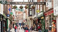 Kovid yüzünden İngiltere'de günde 50 mağaza kepenk indirdi
