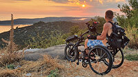 Engel tanımıyor: Hırvat seyyah tekerlekli sandalyesiyle dünyayı geziyor