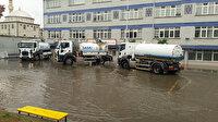 Bafra'da sağanak: Su basan iki okulda eğitime ara verildi