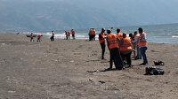 Hatay sahillerinde petrol sızıntısı temizliği