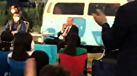 Cumhurbaşkanı Erdoğan Mersin'de gençlerle 'Bana Her Şey Seni Hatırlatıyor' şarkısını söyledi
