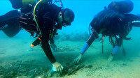 Koronavirüs suya taşındı: Deniz tabanı maske ve eldiven kaplı