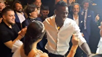 Mario Balotelli'den düğünde çiftetelli şov