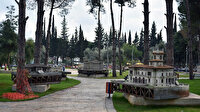 Antalya'nın Kepez ilçesindeki minyatür eserlerin temizliği oldukça ilgi topluyor