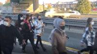 Arızalanan metrobüs yolda kalınca vatandaş hat üzerinde yürüdü