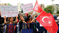 Aşı karşıtları bu kez İzmir'de buluştu: Maskesiz sosyal mesafesiz gösteri