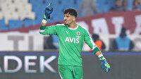 Altay Bayındır, Trabzonsporlu taraftarlarla tartıştı