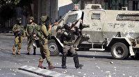 İşgalci İsrail polisi Kudüs'te Filistinlilere düzenlediği saldırıda bir kişiyi yaraladı