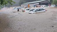 Hindistan'ı şiddetli yağış vurdu: 18 ölü onlarca kayıp var!