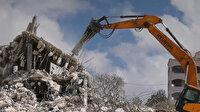 İşgalci İsrail askerleri Batı Şeria'da Filistinlilere ait iki evi yıktı