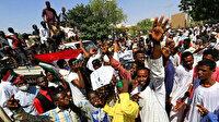 Sudan'da sular durulmuyor: Göstericilere polis müdahalesinde 5 kişi yaralandı