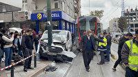 Zeytinburnu'nda panelvan ile tramvay çarpıştı