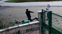 Bisikleti alamayınca tekme attı