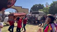Meksika'da müzikli, danslı ve havai fişekli cenaze töreni: O da böyle uğurlanmak isterdi