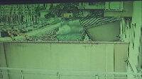 Üsküdar'da binanın istinat duvarı böyle çöktü