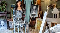 Ressam robot Ai-Da Mısır'da gözaltına alındı
